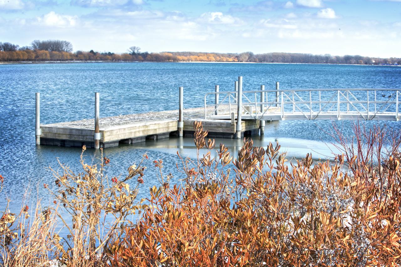 Beautiful blue at the north end of Seneca Lake (photo)